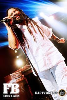 Kymani_Marley_at_Cabaret_Sauvage_3_by_Franck_Blanquin_-_JUIN_2015.jpg